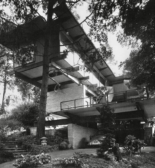 mid-century modern home in Oakland