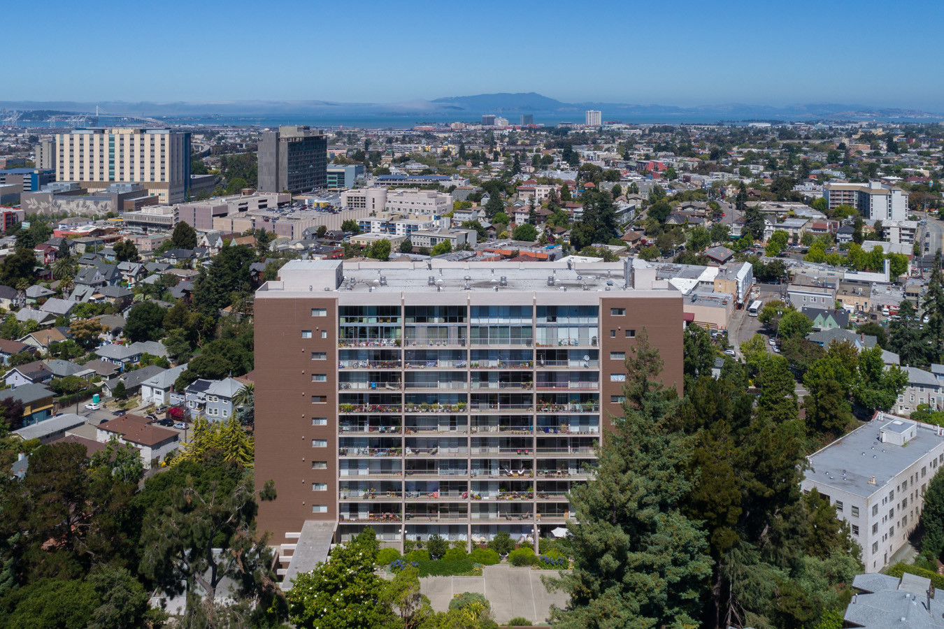 1 Kelton Court Unit 1K, Oakland, CA 94611